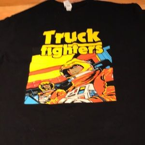 ❤️Free with purchase❤️Truck fighters tshirt unisex